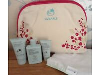 Award Winning Liz Earle Facial Skin Care + Wash/Cosmetics Bag NEW