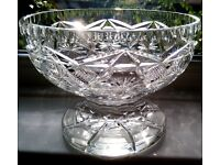 THOMAS WEBB Antique/Vintage Large Lead Crystal Cut Glass Footed Pedestal Bowl Table Centrepiece