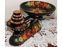 Hand Painted Kitchen Scales in Traditional Narrow Boat Art
