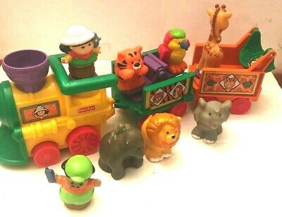 Fisher Price Little People jungle Zoo circus Train with bonus animals Sounds Lot