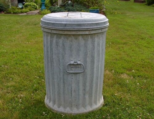Antique Witt Cornice Co. Trash Can, Garbage Pail,Heavy Riveted Construction,L@@K
