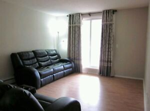 *AVAILABLE* STADIUM Condo for RENT (1000 sq ft)