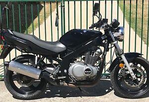 Suzuki GS500 LAMs, 2006 ,cheap commuter @ $1900. Youngtown Launceston Area Preview