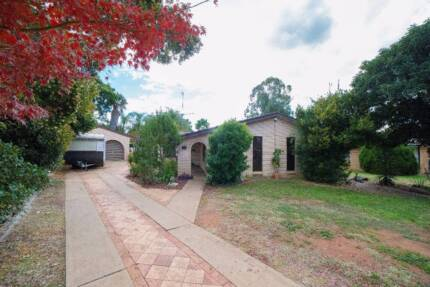 7 Rainbow Place - Listed with SJ Shooter Real Estate