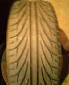 225/40/18 tyre