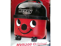 HENRY 200 620WATT VACUUM CLEANER