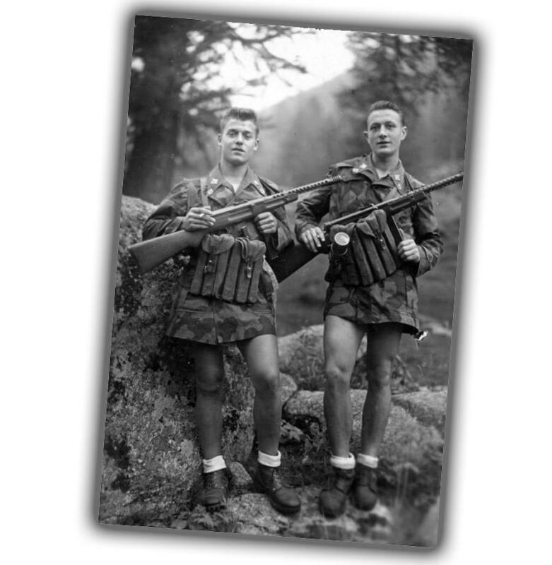 Italians armed with MAB 38 Moschetto Automatico Beretta Modello Photo WW2 4x6 T