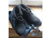 Black low boots size 4 Head over heels warm autumn small heel VGC