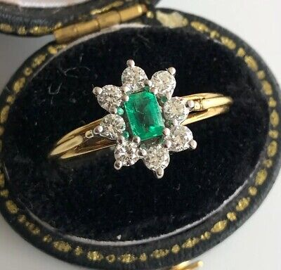 18ct Yellow & White Gold Emerald & Diamond Ring (Secondhand)