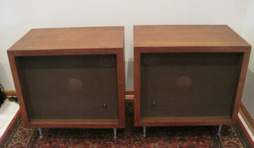 Pair of JBL C38 Speakers==16ohm & Nice!