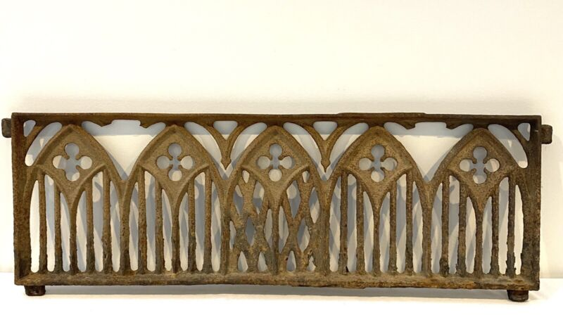 ANTIQUE GOTHIC ARCHES CAST IRON PANEL ARCHITECTURAL SALVAGE
