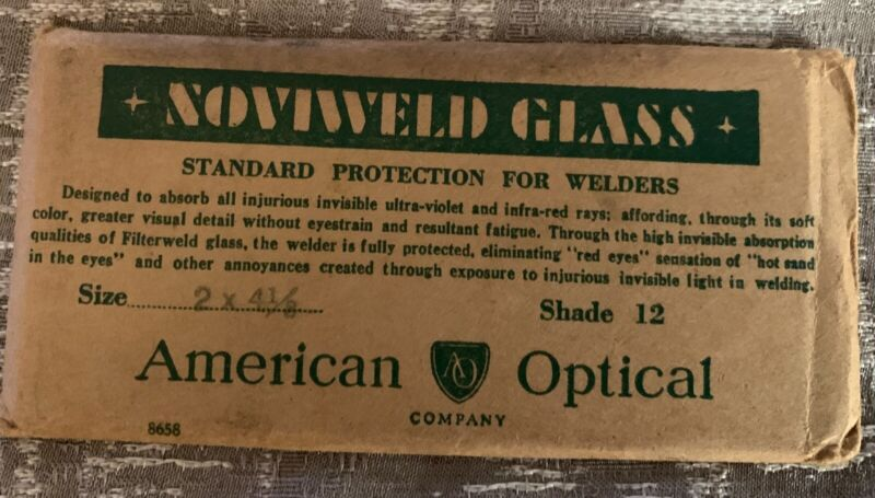 American Optical Noviweld Glass Shade 12 lens