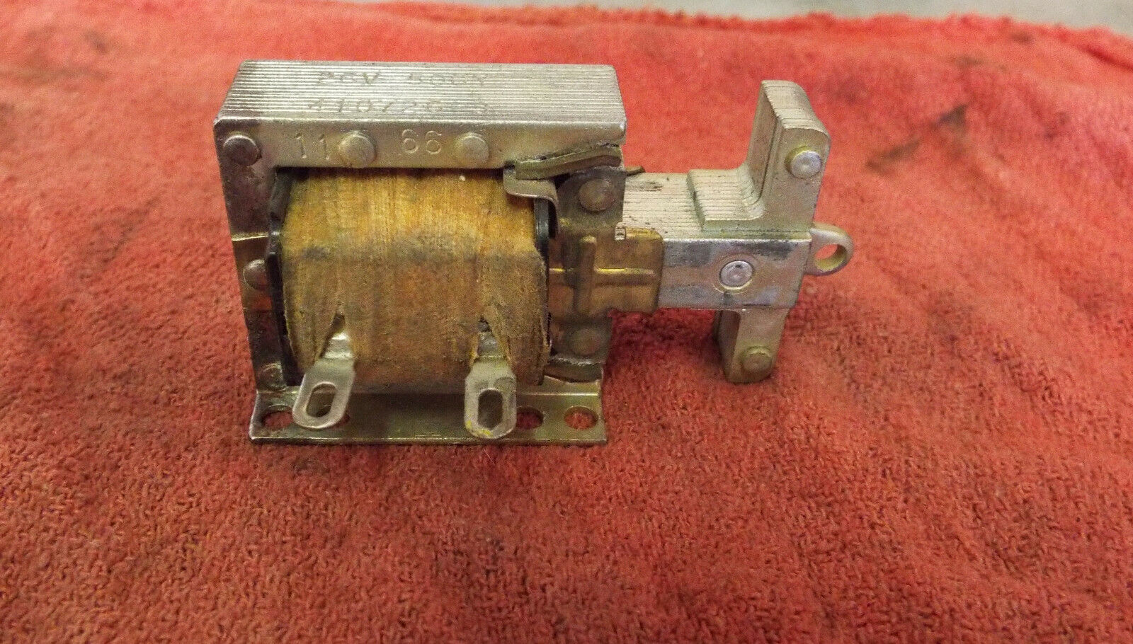 NOS Seeburg Latch Bar Solenoid