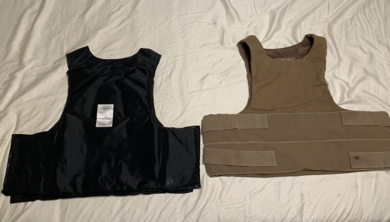 Safariland coyote BALCS carrier and  Armor Inserts (Large-Reg)