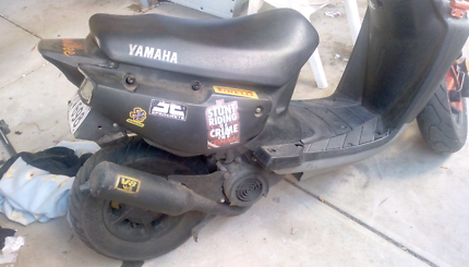 Bee wee Yamaha scooter 100cc