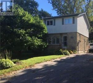 House for sale close to downtown Port Perry