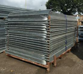 👷🏽 50 X New Heras Security Fence Panels