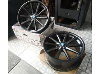 Bmw alloys 19inch + Pirelli tyres
