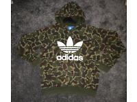 Mens Adidas camouflage hoody top/ jumper size medium
