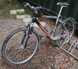 "Saracen N-zyme mountain bike, 18"" medium size aluminium frame, SRAM 3.0 24 speed gears, 26"" wheels."