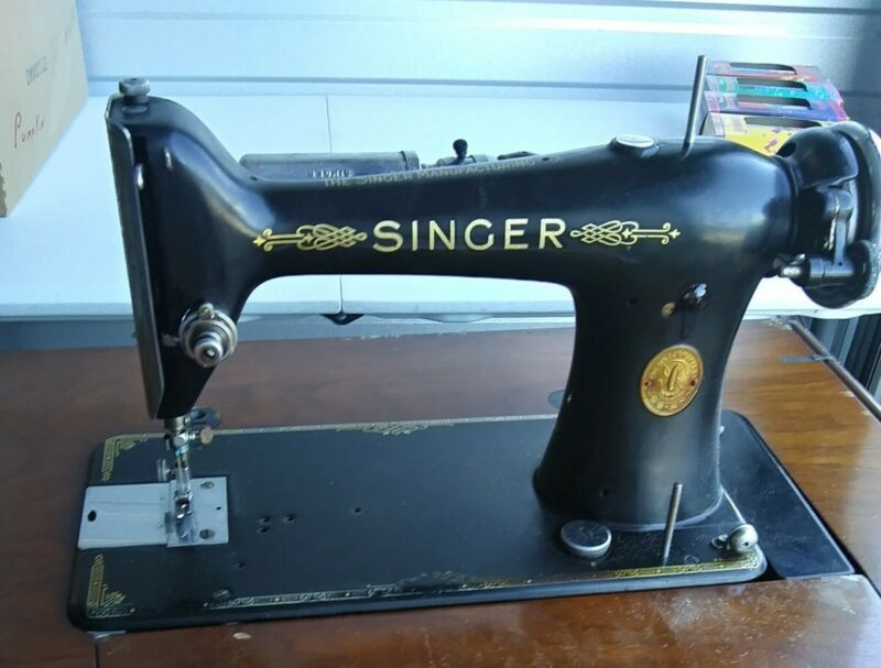 SINGER 101 Sewing Machine 1929 Serial # AC504577 FOR PARTS AS IS