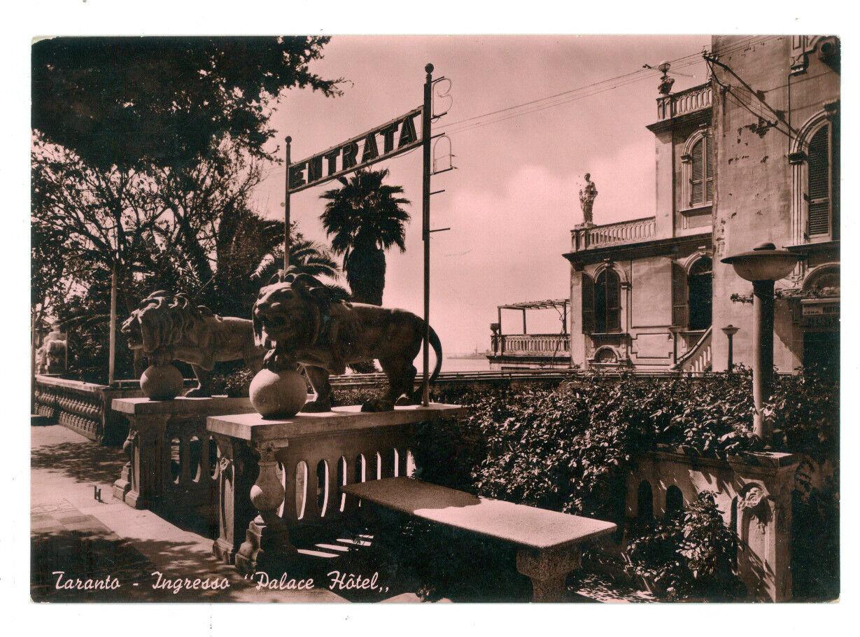 TARANTO INGRESSO PALACE HOTEL VIAGGIATA 1953 PUGLIA SFONDO ROSA ALBERGO