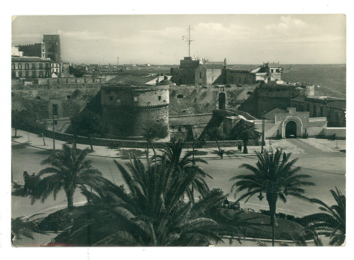 TARANTO PIAZZA E CASTEL S. ANGELO VIAGGIATA 1955 PUGLIA
