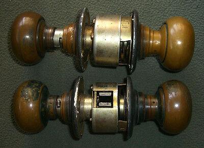 2 Vintage Door Knob Sets V-1086 MB611