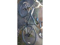 Btwin bike ORIGINAL 500 HYBRID BIKE Good condition