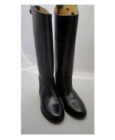 Black Leather Riding Boots Size 6 - Nearly New!