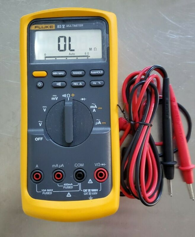 ☆New w/out Box☆Fluke 83V Industrial Multimeter- Accurate-Quick Measurements!!!