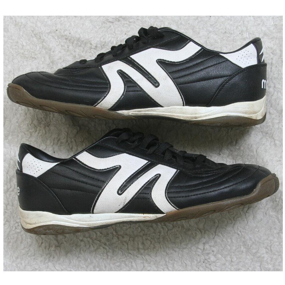Mitre Black White Man Made Indoor Soccer Shoes Man's Ten 1/2
