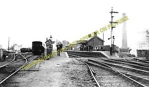 Cwmavon Railway Station Photo. Port Talbot - Cynonville. Rhondda & Swansea Bay