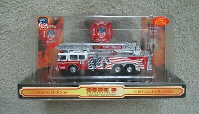 Code 3 Collectibles FDNY Seagrave Rear Mount Ladder 10      ( 12724 )