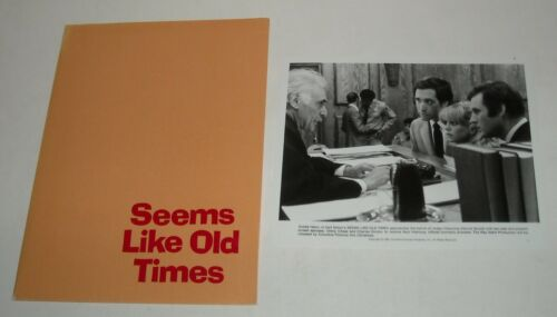 1980 SEEMS LIKE OLD TIMES PROMO MOVIE PRESS KIT 13 PHOTO GOLDIE HAWN CHEVY CHASE