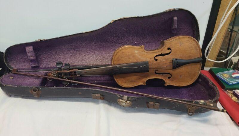 ANTIQUE 1900