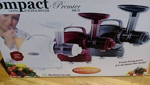 Compact Premier Living Juice Extractor and Mincer in black Beaconsfield Fremantle Area Preview