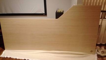 Large Study/Office Desk (Brand New, Great Condition)