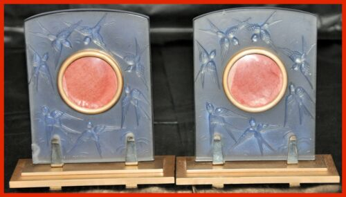 Pair of Sabino Opalescent Glass Frames on Metal Supports Model Hirondelles 8110