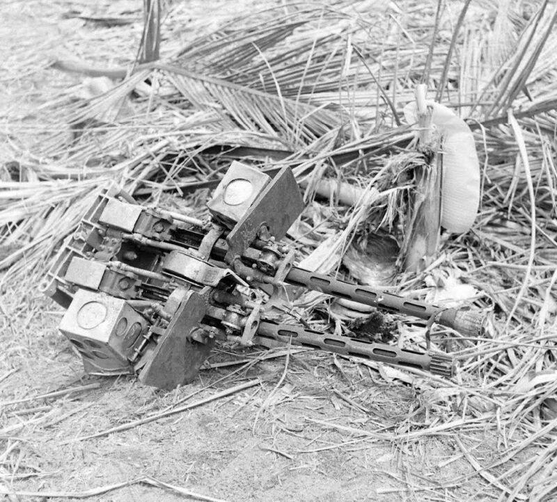 WW2 Photo WWII Knocked Out Japanese Machine Gun  New Guinea  World War Two /1446