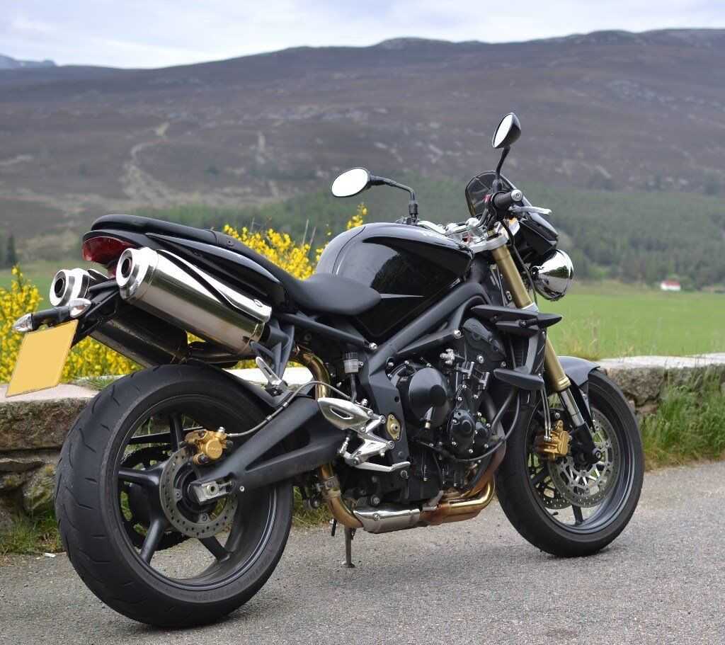 2010 triumph street triple 675 in forfar angus gumtree. Black Bedroom Furniture Sets. Home Design Ideas