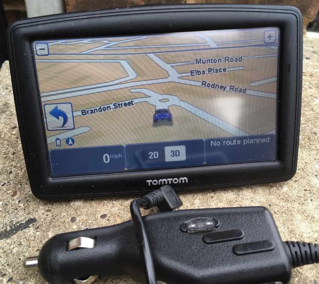 5 inch TomTom XXL Classic UK, ROI & Western Europe Maps PORTABLE GPS Sat  Nav SatNav GPS navigator | in Elephant and Castle, London | Gumtree