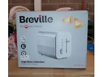 New In Box - BREVILLE HIGH GLOSS COLLECTION WHITE 2 SLICE TOASTER