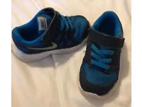Size 8 boys trainers