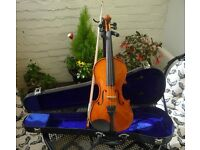 1/2 violin Outift. Set up and ready to play