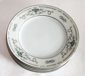 6X fine procelain china diane dinner plates from Japan excellent brand new condition.