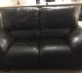 Dark chocolate brown 3&2 seater sofa