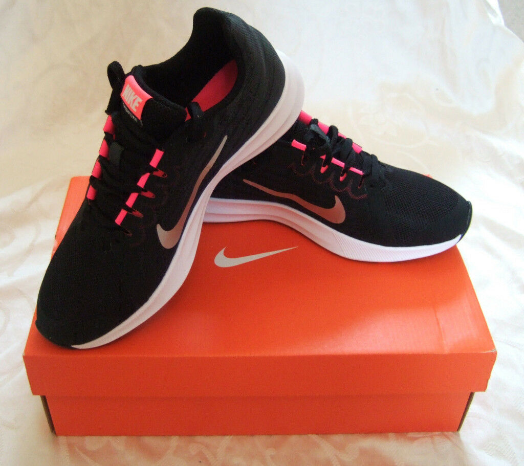 New In Box Nike Downshifter Girls Size  5y
