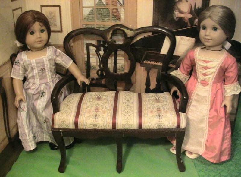 Colonial Double Chair/ Sofa / Settee for 18 inch Dolls