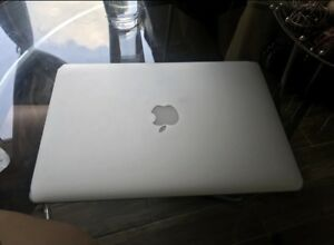 Macbook Air 13 inch 2011 (Do not turn on!)